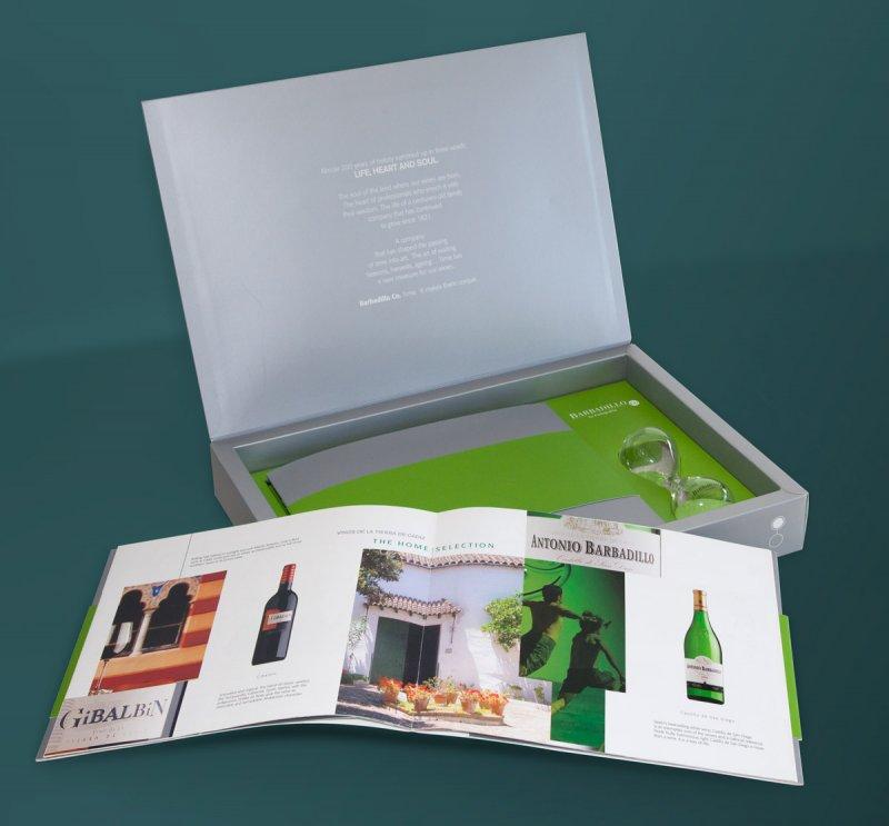 Diseño publicitario Oficina de Arte